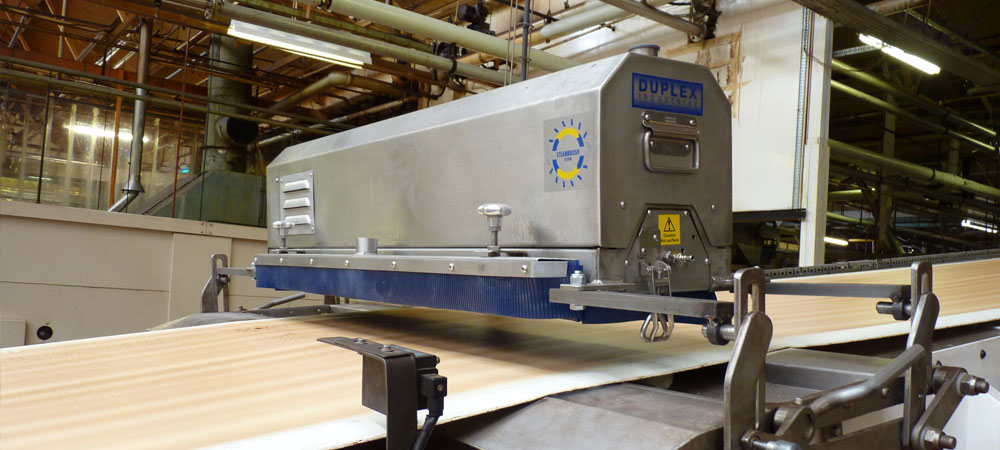 save time and resources by installing an automated conveyor belt or processing line cleaning system